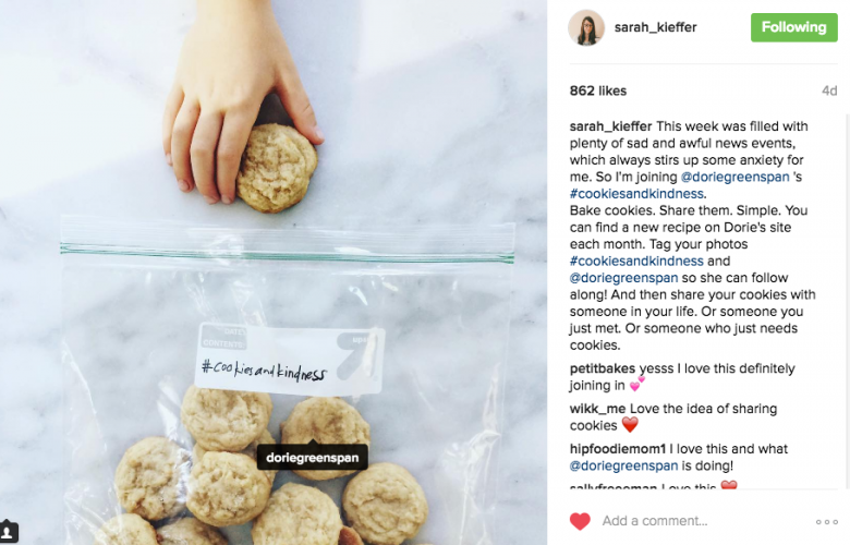 @Sarah_Kieffer of The Vanilla Bean Blog bakes for #cookiesandkindness